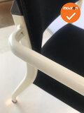 Ahrend 460 - Zwarte stoffering met wit frame - Nieuwstaat