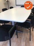Ahrend vergaderset - 240x120cm - Wit (nieuw blad) - Inclusief 8 nieuw gestoffeerde 320 vergaderstoelen