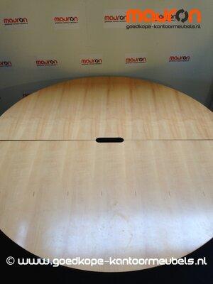 Ahrend vergadertafel - rond - 180cm - 6-8 pers. - Beuken