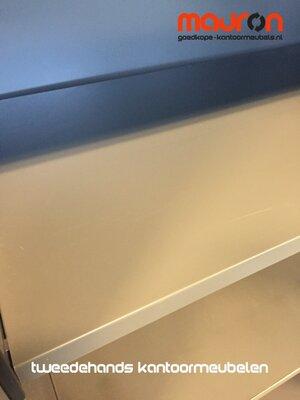 Legbord voor Ahrend 80cm brede roldeurkast - Antraciet grijs