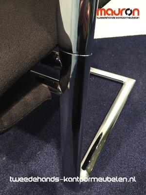 Vergaderstoel - Ahrend - A350 - Medium chrome frame - nieuwe zwarte stoffering