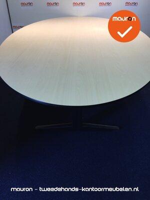Ahrend vergadertafel - 260 x 130cm - ovaal - ahorn