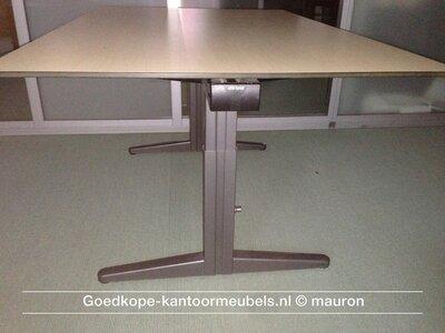 Ahrend ESSA vergadertafel - 180x100cm - grijs