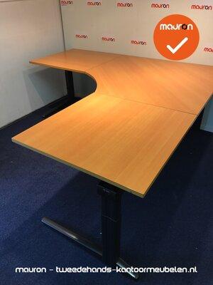 Ahrend hoekbureau - 200x200cm - Beuken - hout