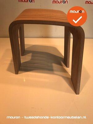 Ahrend 601 designkruk - klein model - onbehandeld hout