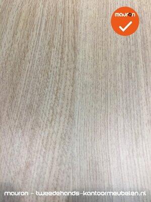 Ahrend vergadertafel - 160x100 cm - Grijs Eiken - volkern - kleur poot naar keuze
