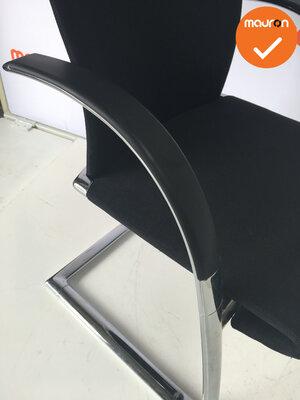 Vergaderstoel - Ahrend - A350 - hoog chrome frame - nieuwe zwarte stoffering