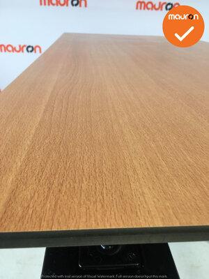Ahrend bureau - 140x80cm - Beuken - volkern - essa - Kleur poot naar keuze