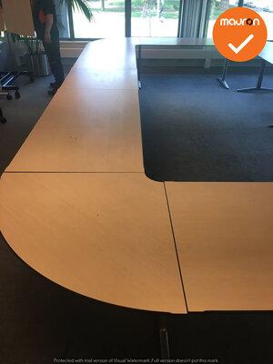 Ahrend vergadertafel - 580 x 340cm - halfrond - Ahorn - Mehes - Zilvergrijs