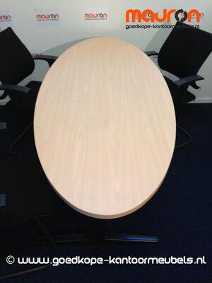 Vergadertafel ovaal - 180x80cm - beuken