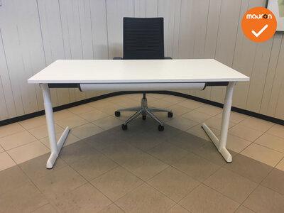Ahrend 500 bureau - 160x80cm - wit - melamine - refurbished