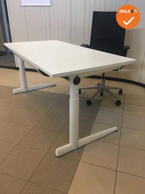 Ahrend 500 bureau - 180x80cm - wit - melamine - refurbished